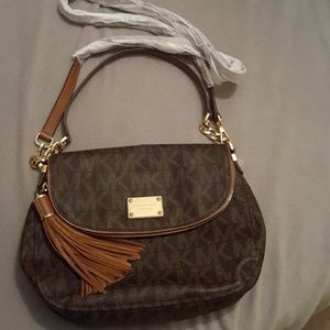 NWT michael kors brown & tan PVC signature bedford